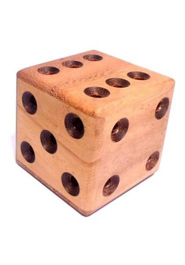 Puzzle Labyrinth Dice